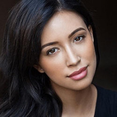 CHRISTIAN SERRATOS | Walker Stalker Con